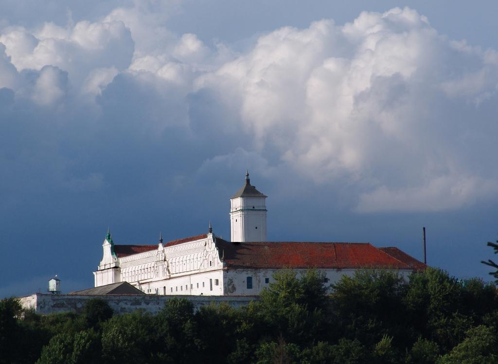 Монастир бернардинців