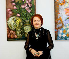 У Хмельницькому презентували виставку робіт «сонячної» художниці Неллі Павлової